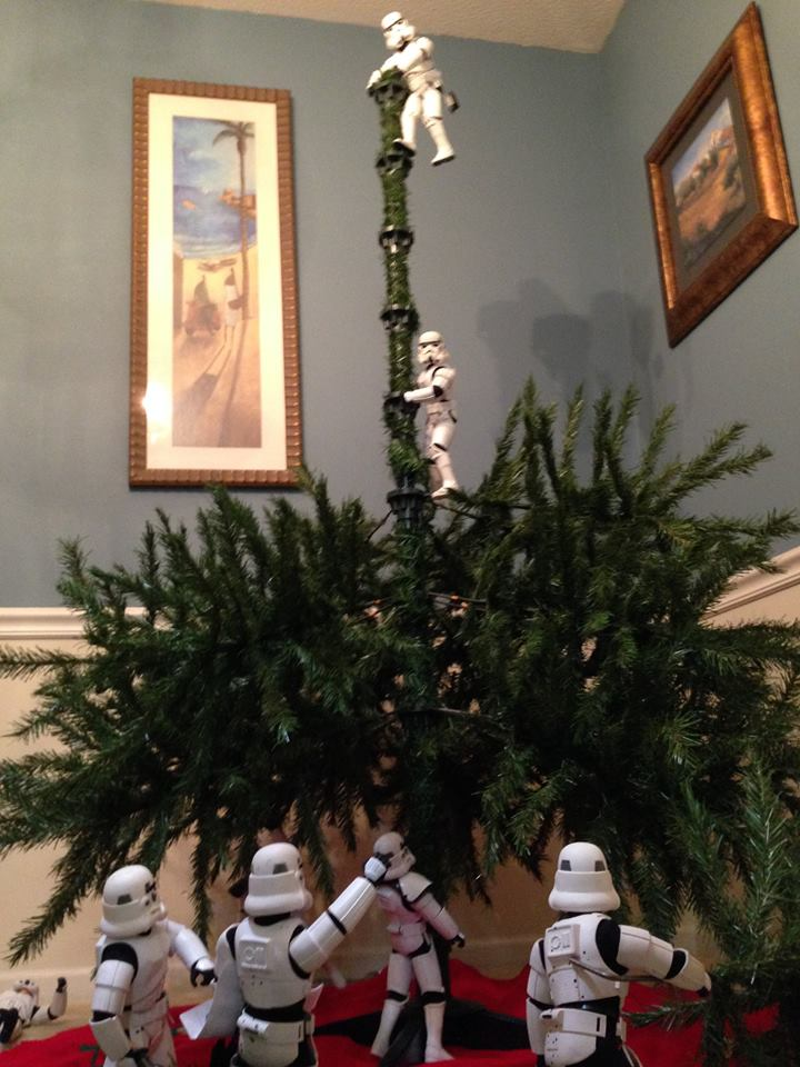 Dog Christmas Tree Meme.Today In Viral Memes Stormtroopers Raise A Tree
