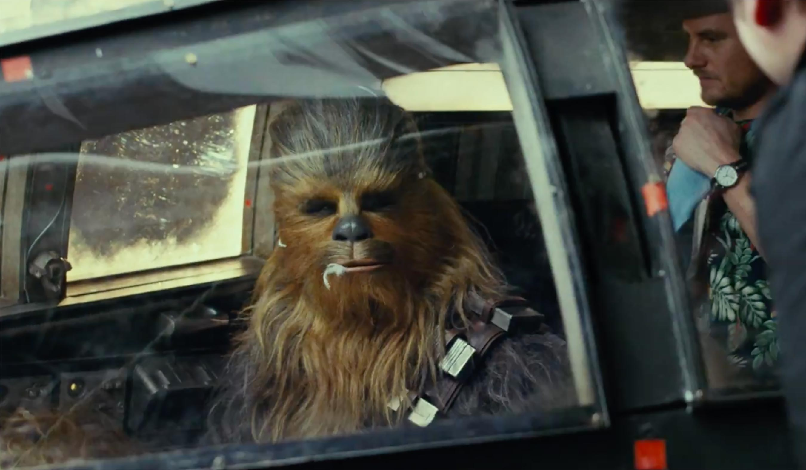Chewie-TLJ.jpg